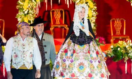 Andrea del Caño es proclamada Belleza del Fuego infantil