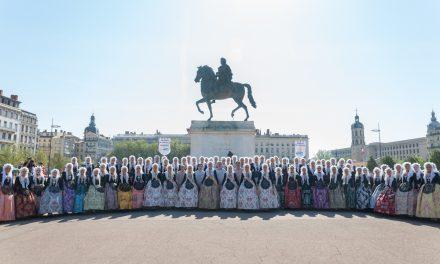 Las candidatas 2018 promocionan la fiesta y la ciudad en Lyon