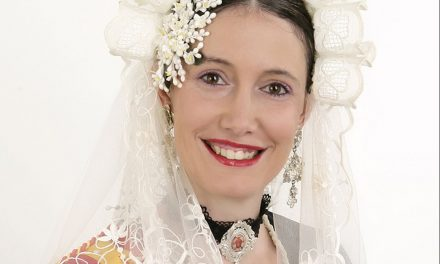 Adriana Dieguez, candidata 2018 de la Hoguera L'Harmonía-San Gabriel