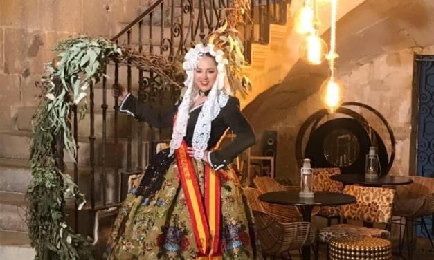 Ángela Gil, candidata 2019 de la Hoguera Hernán Cortés