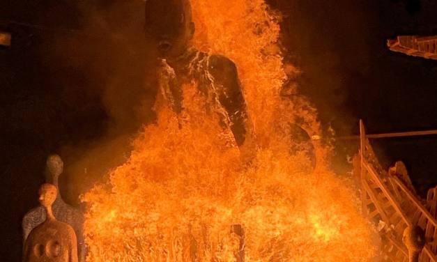 Un final espectacular para las Hogueras de San Vicente