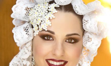 Beatriz Moya Martínez, candidata 2020 de la Hoguera José Ángel Guirao