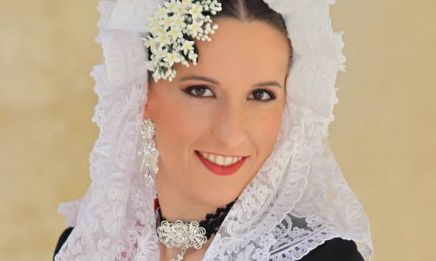 Sara Calero, candidata 2020 de la Hoguera San Nicolás de Bari-Benisaudet