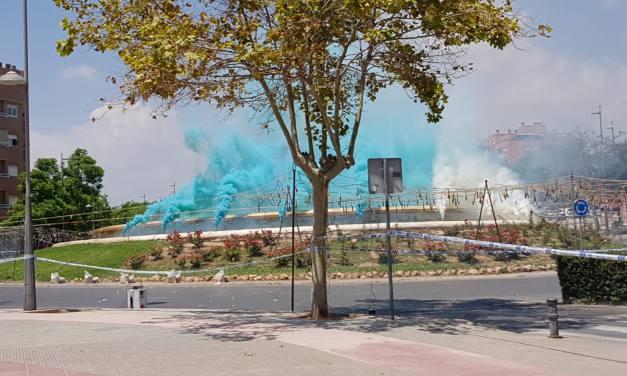 Tres mascletás enriquecen las Hogueras de San Vicente