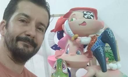 Sergio Guijarro presenta piratas y foguerers en la Hoguera Santa Isabel